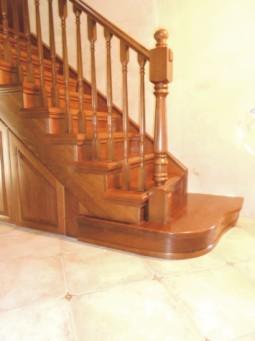 Деревянные лестницы межэтажные на заказ
