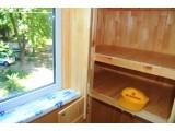 Деревянный шкаф на балкон