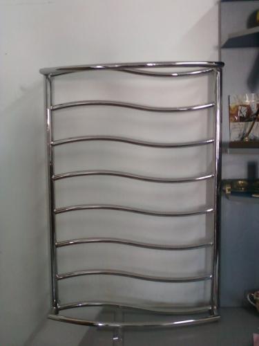 Дизайн-радиатор полотенцесушитель радиатор нж сталь BLESK бесплатная доставка