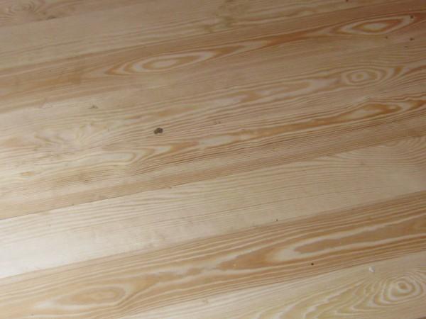 Доска для пола, сосна. Длина 3-4,5 м, ширина 0,8-0,135 м, толщина 30-35 м. Опт, розница.