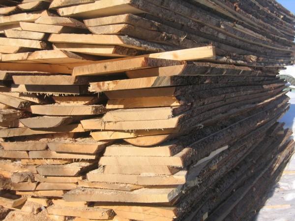 Доска не обрезная (шалевка) сосна естественной влажности толщина 30, 40, 50, 60 мм, ширина от 100 длина 3000-6000 мм