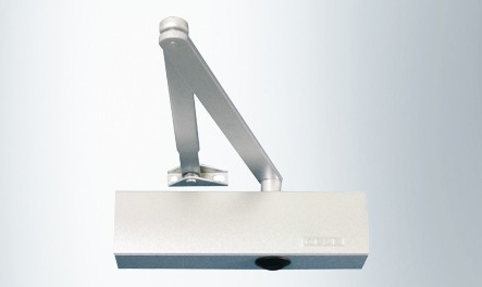 Доводчик GEZE TS 2000 V BC оптимальный доводчик для вашей двери