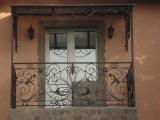 Изготовление под заказ кованых и сварных балконных ограждений, перил в Харькове.