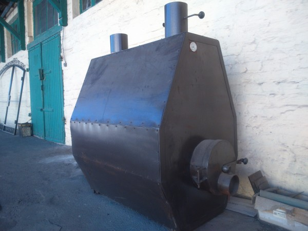 Котел для отопления теплиц,производственных помещений...на