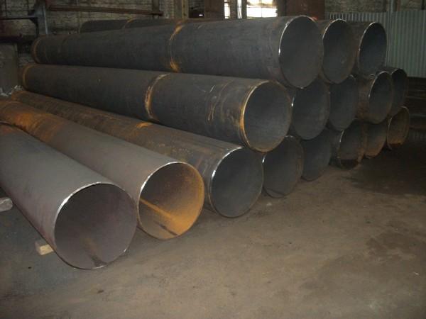 Трубы электросварные ф820 стенка 8-16