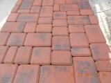 Вибропресованная тротуарная плитка, форма - старый город, цвет - красный, толщина 2,5см.