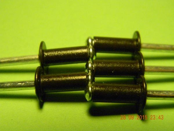 Фото 3 Фарбовані витяжні заклепки для кріплення профнастилу 302663
