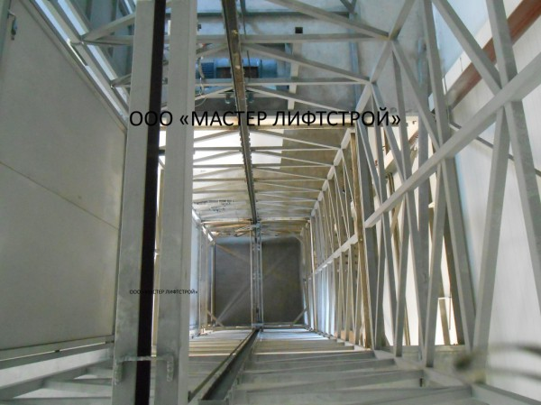 Изготовление складского подъёмника на заказ. Монтаж складского подъёмника под ключ.