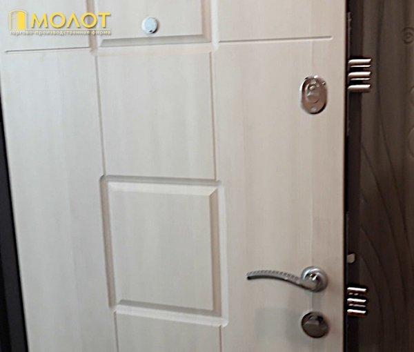 Фото 5 Двери входные металлические, уже готовые со склада , Лаура. 343743