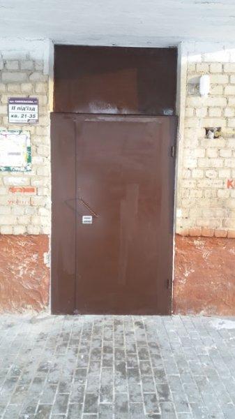 Фото  1 Дверь входная в подъезд 2006584