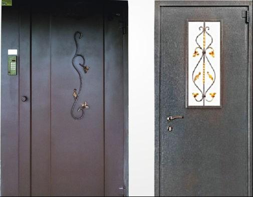 дверь стандартной металлоконструкции, покрытая антивандальным полимерным покрытием с внутренней и внешней стороны.