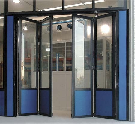 Двери гармошка, перегородки гармошка из холодного и теплого алюминиевого профиля