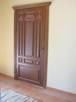 Двери межкомнатные из дуба