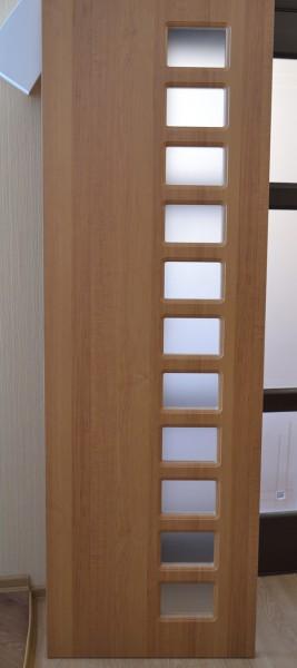 Двері міжкімнатні МДФ неліквід. Нестандартні розміри, полотно - 660х2060. Зі склом.