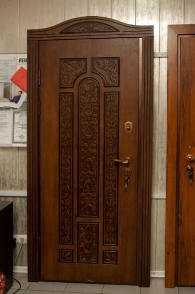 покупка и установка металлической входной двери из мдф