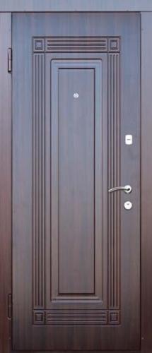 входные двери портала