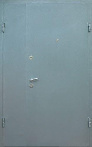 Металлическая дверь в сарай