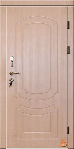 Двери в квартиру высокого качества с МДФ накладками