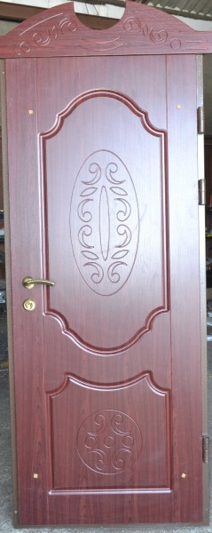 Двері в квартиру. МДФ накладки, 2 замка, глазок, 2 контура ущільнення. Під будь-які розміри.