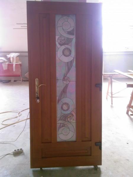 Двері вхідні з євробруса т.68мм з склопакетами. Матеріал:сосна або мерантія