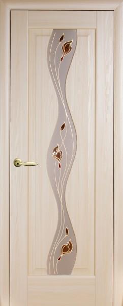 Дверное полотно, покрытое ПВХ пленкой Маэстра Волна со стеклом