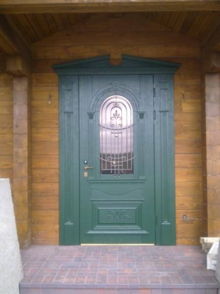 ДВОРЦОВАЯ - Входная металлическая дверь облицовка дуб, стекло пакет с решеткой