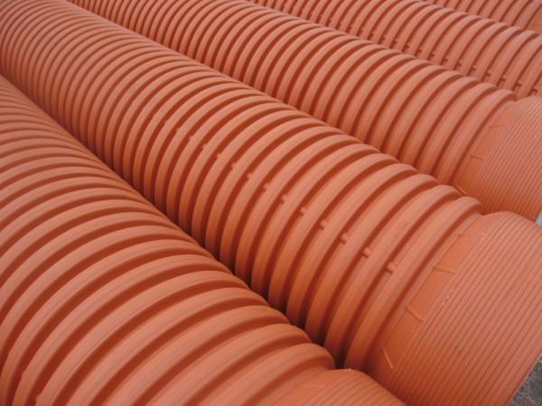 Двухслойные гофрированные канализационные трубы для строительства безнапорной канализации