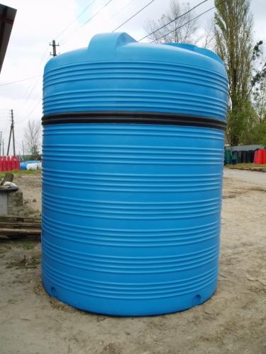 Емкость вертикальная V-10000 объем: 10000 литров 2 горловины диаметр горловин: 400 мм
