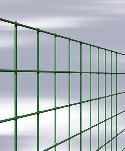 ESAPLAX - сетка из оцинкованной проволоки, с ПВХ покрытием, с квадратными или прямоугольными ячейками