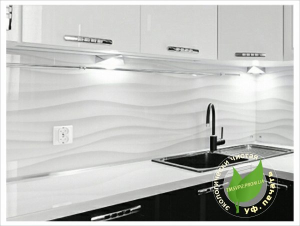 Фото  1 Скинали для кухни - черно-белые волны (Скіналі для кухні - хвилі чорно-білого кольору - уф. друк на склі) 2109138
