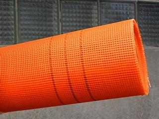 Фасадная щелочестойкая армирующая стеклосетка для наружных систем утепления 160 г/кв. м ССА 1363 Valmiera (оранжевая)