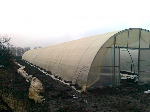 Фермерские, промышленные теплицы под пленку