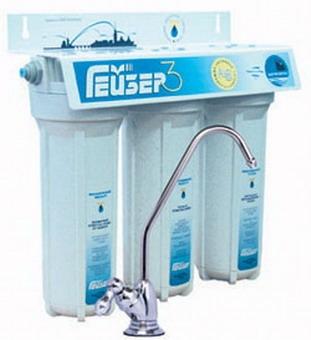 Фильтр Гейзер 3 ИВС Люкс. Три ступени очистки. Для защиты от загрязнений и умягчения очень жесткой воды.