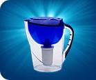 Фильтр-кувшин Аквариус удобен в использовании (можно наливать воду, не снимая крышки). Объем - 3,7 л.