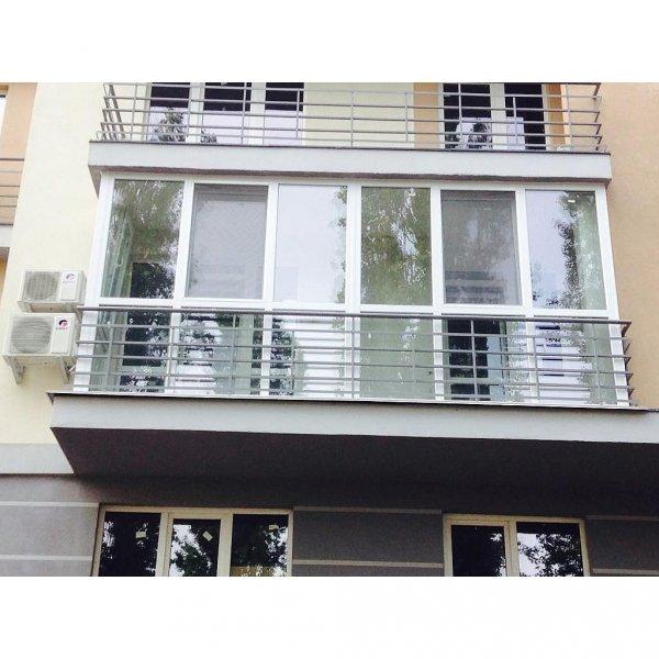Французский балкон белый