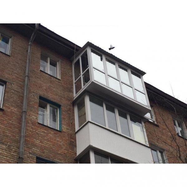 Фото  1 Французский балкон с крышей и выносом по полу 1444793
