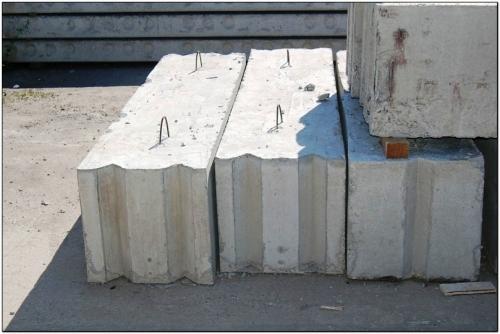 Фундаментные блоки 3,4,5,6, половинки и третьинки, новые и б/у. Доставка на объект транспортом компании.