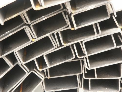 Гнутый швеллер 50х32х2(2,5)