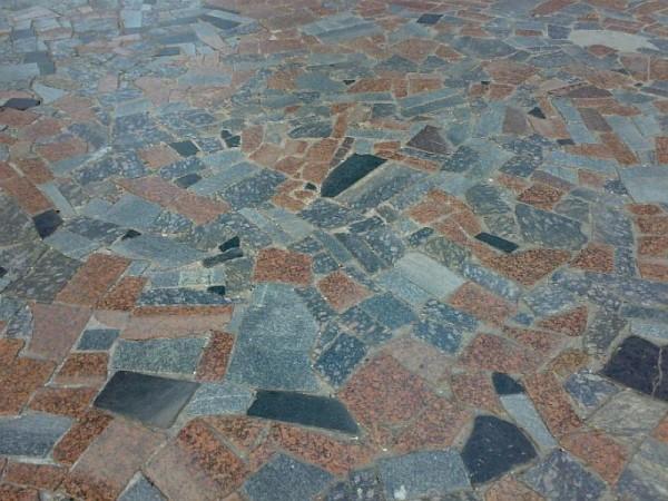 Гранитная брекчия (колотый камень), Киев, Украина, от