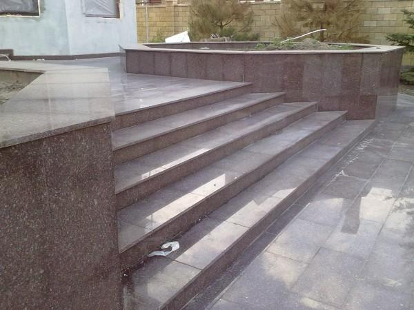 Гранитные лестницы Луганск