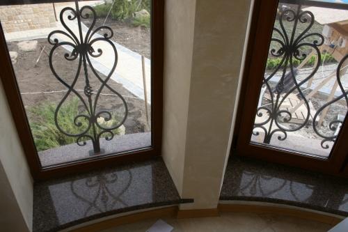 Гранитные подоконники. Изготовление и монтаж изделий из натурального и искусственного камня любой сложности.