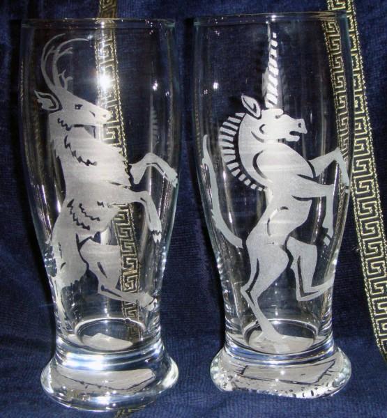 Гравировка по стеклу, на бокалах, чашках, зеркалах, авто-стёклах и т. д. Цена договорная.