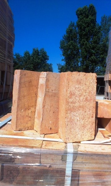 Фото 6 Керамический полнотелый кирпич М-200 (несущие стены, печи, камины) 290365