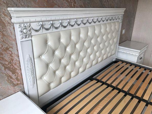 Фото 6 Эксклюзивная Кровать с мягким изголовьем. Нат. кожа. Дуб. 338511