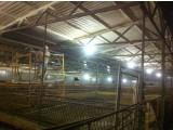 Внутренняя и наружная гидро-теплоизоляция ППУ стен, перекрытий, сводов жилых, промышленных и складских зданий.