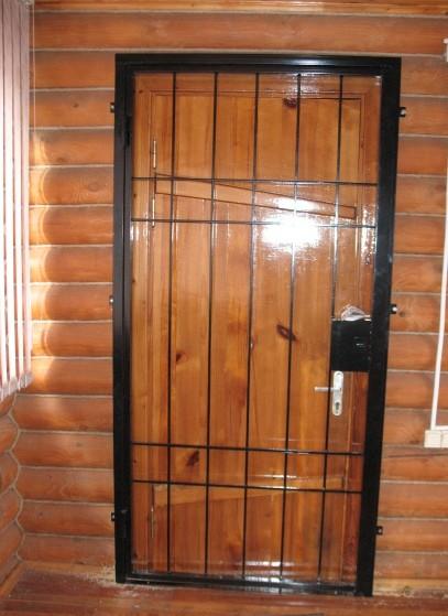 купить дешевую металлическую дверь для сарая