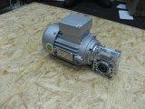Фото  1 Червячный мотор-редуктор NMRV 030 2145861