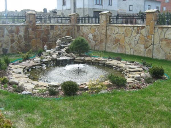 Искуственные водоемы, фонтаны