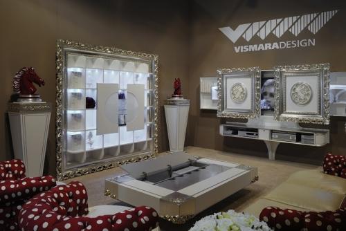 Итальянская мебель для гостиной - стенки, полки, витрины, ТВ зоны, буфеты, серванты, тумбы, диваны, кресла, освещение.