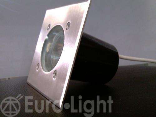 Изделие: EURO AKVA-3 Потребляемая мощность: 10 Вт Световой поток светодиодов: RGBW Светодиод: CREE
